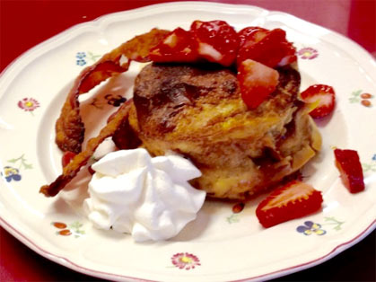 Crème brulée French toast serving suggestion